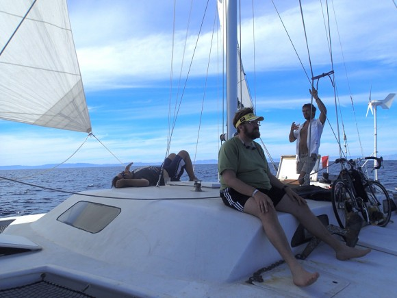 Sailing back to La Paz with calm seas and perfect wind