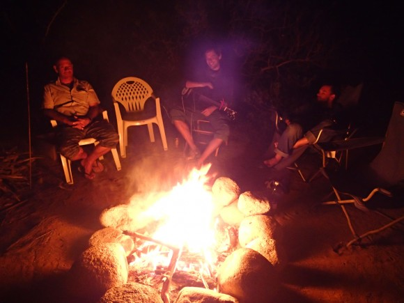 We spent a lovely evening around a bonfire down at a friends palapa